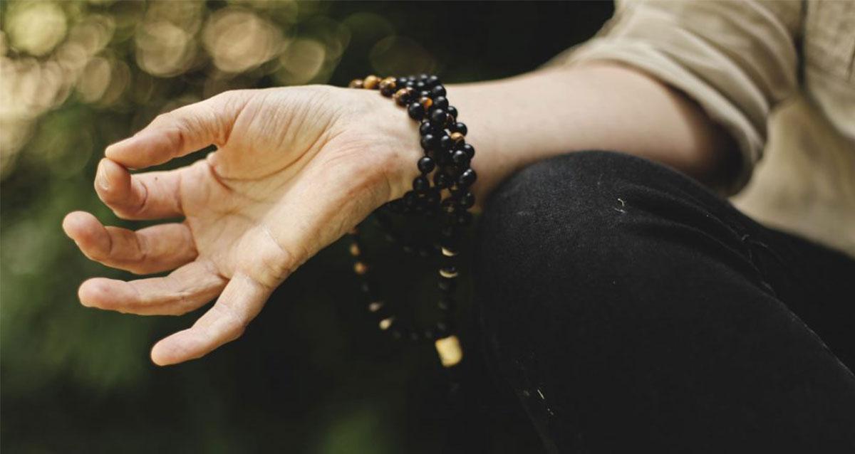 Light up your brain with Kirtan Kriya (Sa Ta Na Ma) Meditation
